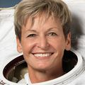 Peggy_whitson_nasa_official_photo