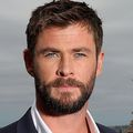 Chris-hemsworth-poses-during-a-photo-call-for-thor-ragnarok-on-october-15-2017-in-sydney-australia-photo-by-mark-metcalfe_getty-images-for-disney-square