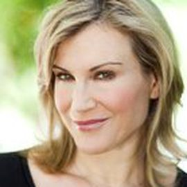 Kathy Kaehler Headshot