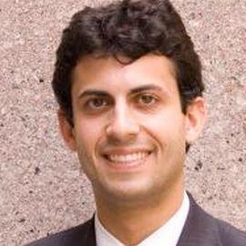 Alex Nowrasteh Headshot