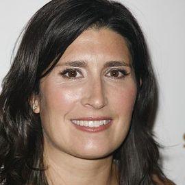 Pilar Guzman Headshot