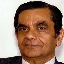 Jagdish N. Bhagwati Headshot