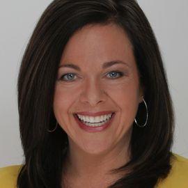 Carolyn Strauss Headshot