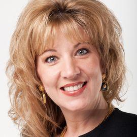 Laura Stack Headshot