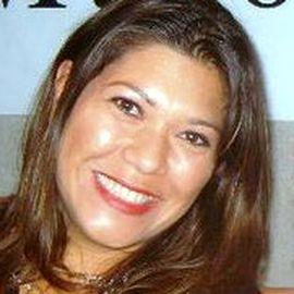 Dawn Raquel Jensen Headshot