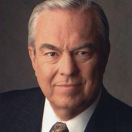 Bill Kurtis Headshot