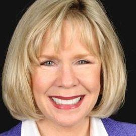 Linda Larsen Headshot