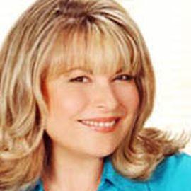 Laura Theodore Headshot
