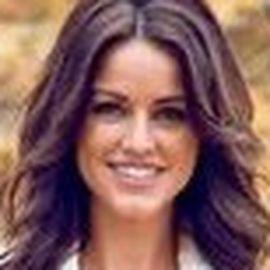 Elizabeth Kitt Headshot