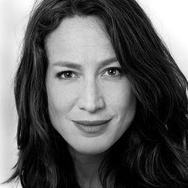 Lauren Sandler Headshot