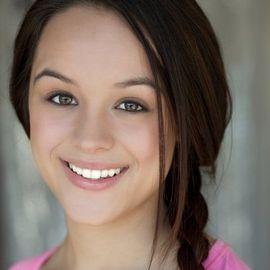 Hayley Orrantia Headshot