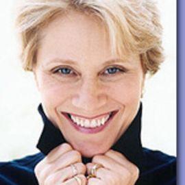 Carla Kay White Headshot