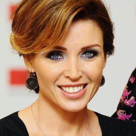 Dannii Minogue Headshot