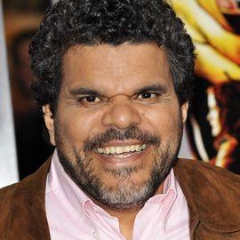 Luis Guzman Headshot