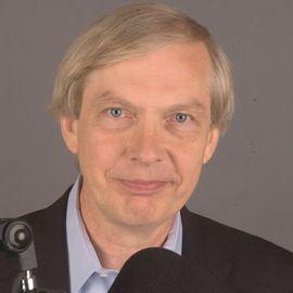 Bob Edwards Headshot
