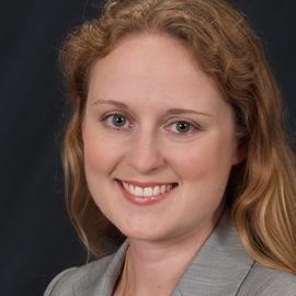 Anna Dietrich Headshot