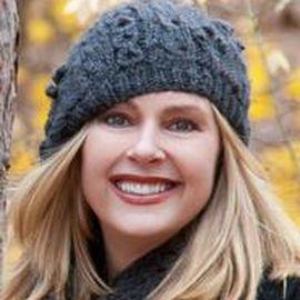 Rhoda Janzen Headshot