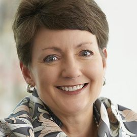 Lynn Good Headshot