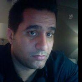 Adolfo Franco Hernandez Headshot