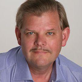 Adam Hartung Headshot