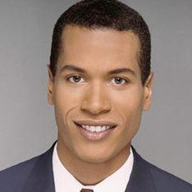 Alex Perez Headshot