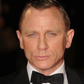 Daniel Craig Headshot