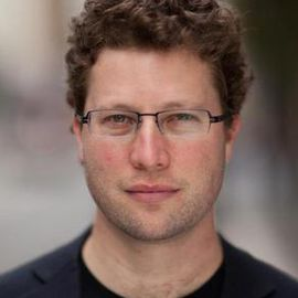 Seth Rosenblatt Headshot