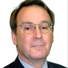 Carl E. Walter Headshot