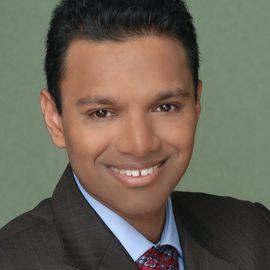 Ajay Gupta Headshot