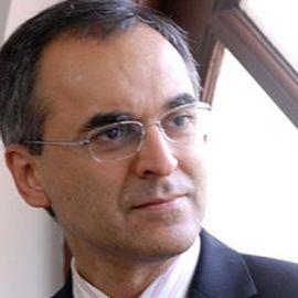 Pavan Sukhdev Headshot
