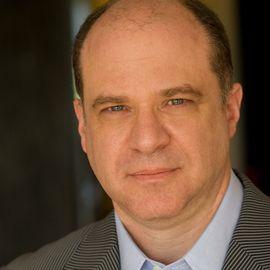 Ted Fishman Headshot