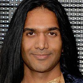 Anand Bhatt Headshot