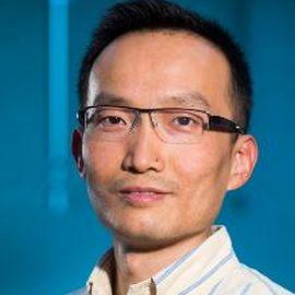 Steven Ji Headshot