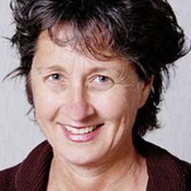 Julie Guthman Headshot