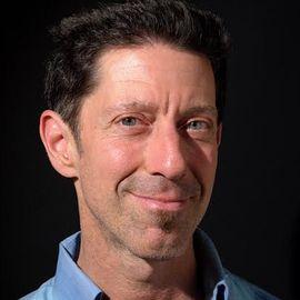 Mark Venaglia Headshot