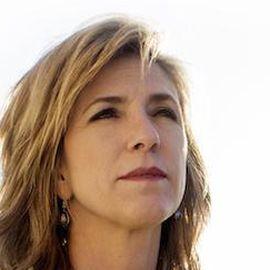 Kelly Siegler Headshot