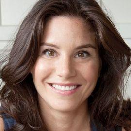 Katie Workman Headshot