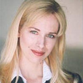Caroline Heldman Headshot