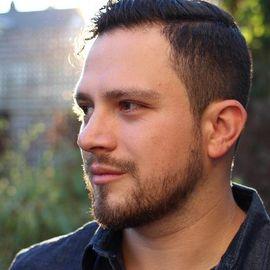 Esteban Contreras Headshot