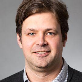 William Dichtel Headshot