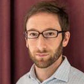 Simon Rabinovitch Headshot