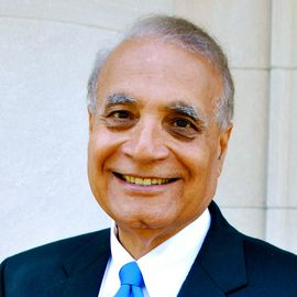 Verinder Syal Headshot