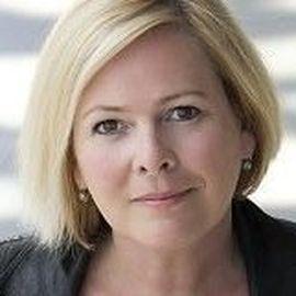 Halla Tomasdottir Headshot