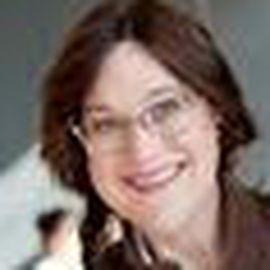 Stacie Huckeba Headshot
