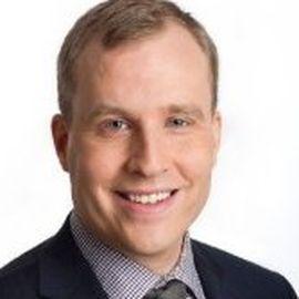 Evan Siegfried Headshot