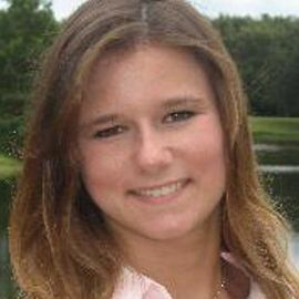 Brittany Wenger Headshot
