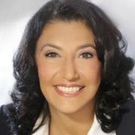 Amy Zalman Headshot