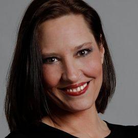 Christina Kerley Headshot