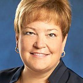 Kay Meyer Headshot