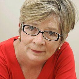 Barbara Ehrenreich Headshot